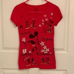 Disney Mickey/Minnie Mouse tee junior size M (7/9)